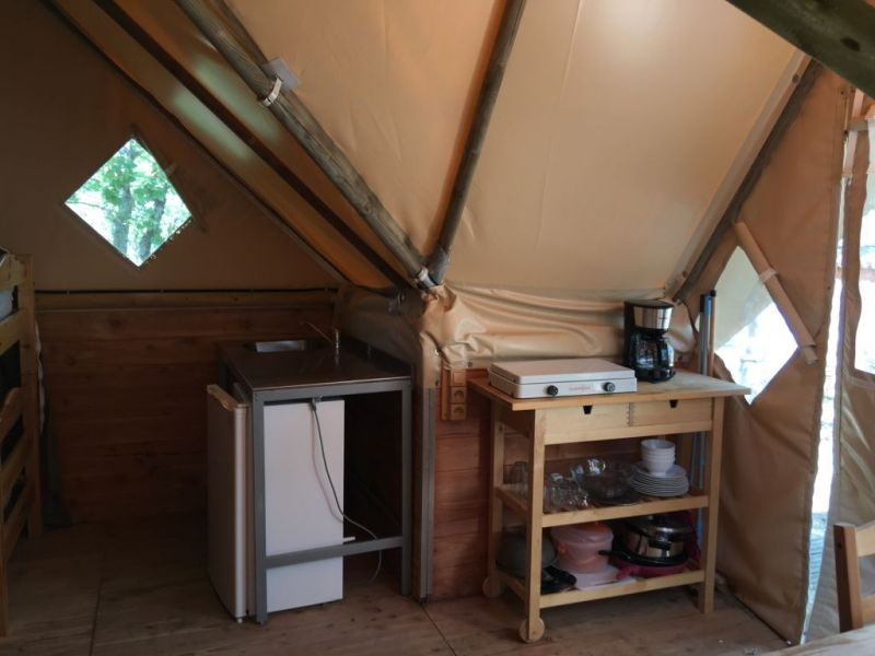 location-tente-trappeur-camping-